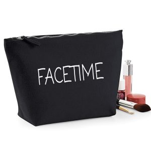 facetimemakeupbag-1